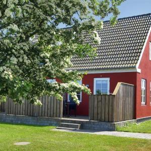 Hotel Pictures: Apartment Haregade VIIII, Åkirkeby