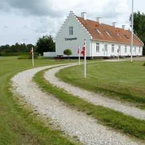 Hotel Pictures: Apartment Hevringholmvej I, Hevring
