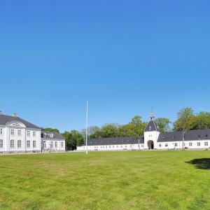Hotel Pictures: Apartment Pallisbjergvej II, Ulfborg