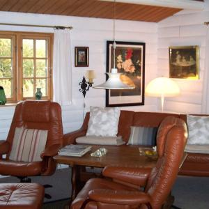 Hotel Pictures: Holiday home Gyvelvej F- 1498, Lihme