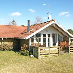 Hotel Pictures: Holiday home Birkevej E- 425, Broager