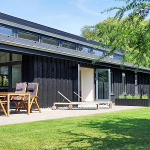 Zdjęcia hotelu: Holiday home Bøgevænget F- 594, Bøtø By
