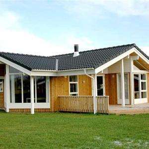 Hotellbilder: Holiday home Elsdyrstien C- 999, Bøtø By
