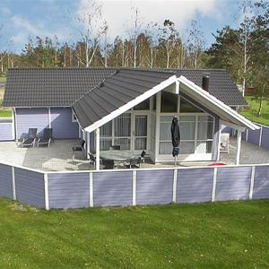 Hotel Pictures: Holiday home Kaninstien C- 2159, Bøtø By