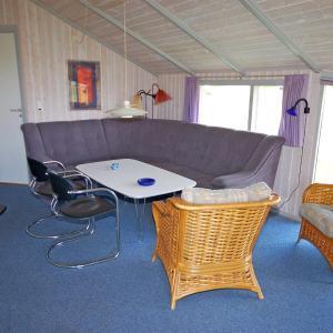 Hotel Pictures: Holiday home Klægdalen G- 2267, Søndervig