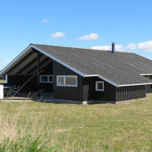 Hotel Pictures: Holiday home Klægdalen A- 2269, Søndervig