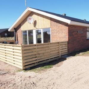 Hotel Pictures: Holiday home Kr. D- 2440, Havrvig
