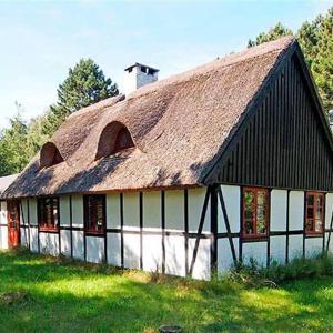 Hotel Pictures: Holiday home Nålevænget H- 3100, Lumsås