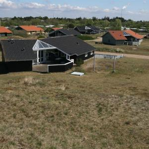 Foto Hotel: Holiday home Norges E- 3233, Fanø