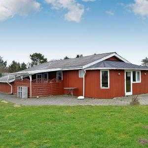 Hotel Pictures: Holiday home Risbjergvej E- 3745, Søndervig