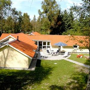 Hotelbilleder: Holiday home Sortpoppelvej D- 4392, Bøtø