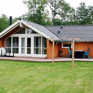 Hotel Pictures: Holiday home Skovbrynet F- 4082, Lindet