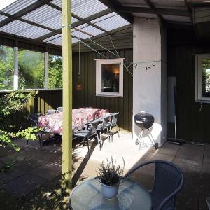 Hotel Pictures: Holiday home Søvej A- 4405, Reersø