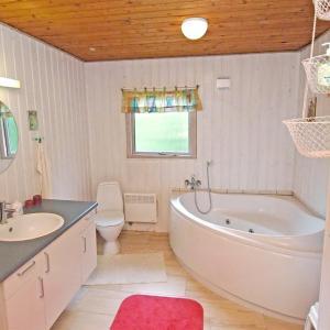Hotel Pictures: Holiday home Stophøjvej F- 4482, Sundstrup