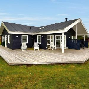 Hotel Pictures: Holiday home Svanevej A- 4669, Bøstrup