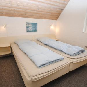 Hotel Pictures: Holiday home Svollingvej D- 4688, Husby