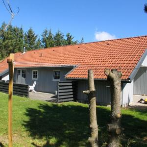 Hotel Pictures: Holiday home Vesterballevej G- 5091, Ho