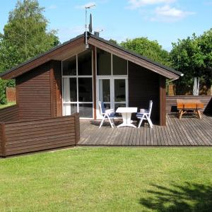 Hotel Pictures: Holiday home Ved E- 5025, Øster Hurup