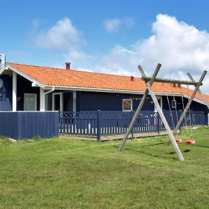 Hotel Pictures: Holiday home Vejlby A- 5053, Harboør