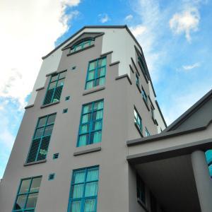 Hotel Pictures: Tat Place Hotel, Kuala Belait