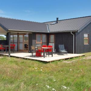 Hotel Pictures: Holiday home Klitageren D- 2296, Hirtshals