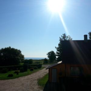 Hotel Pictures: Sarnakõrtsi Guesthouse, Lindi