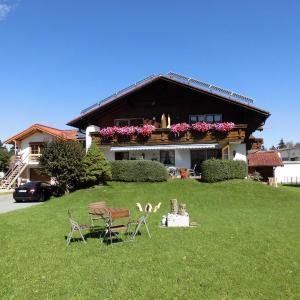 Hotelbilleder: Ferienhaus Kössel, Pfronten