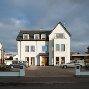 Hotel Pictures: Strand House, Portstewart