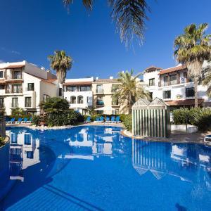 Hotel Pictures: PortAventura® Hotel PortAventura - Includes PortAventura Park Tickets, Salou
