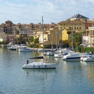 Hotel Pictures: Magnifique Appartement sur Mer, Port Saplaya