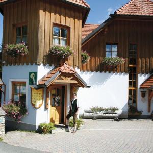 Hotelbilleder: Gästehaus Hobelleitner, Sankt Blasen