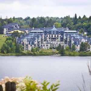 Hotel Pictures: Hotel Le Chantecler, Sainte-Adèle