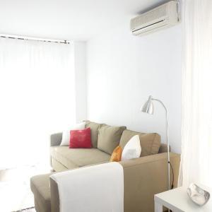 Hotel Pictures: Singular Apartments Genoveva, Valencia