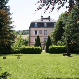 Hotel Pictures: Le Clos des Noyers, Combronde