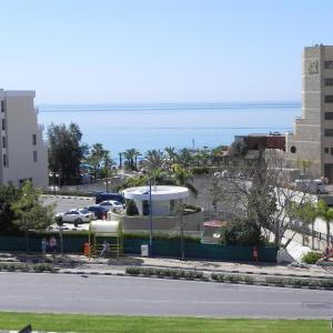 Hotel Pictures: Sea View Renanda Apartment, Limassol
