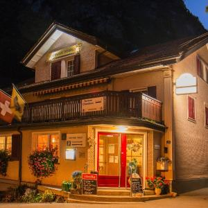 Hotel Pictures: Gasthaus Tourist, Isenthal
