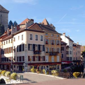 Hotel Pictures: Hôtel du Palais de l'Isle, Annecy