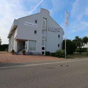 Hotel Pictures: Hotel Kraski - Frohmüller, Rauenberg