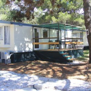 酒店图片: Mobilehome - Dalmacija Camp, 普利拉卡