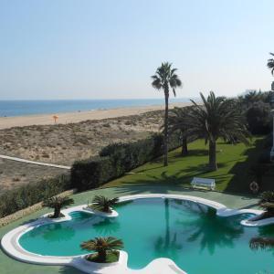 Hotel Pictures: Apartamentos R.C. Deltamar I, Playa de Xeraco
