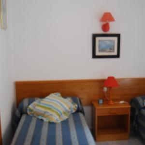 Hotel Pictures: Es Pins, Cala Blanca