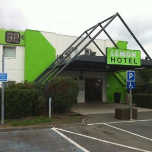 Hotel Pictures: Lemon Hotel - Tourcoing, Tourcoing