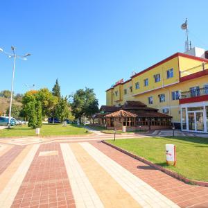 ホテル写真: Kareliya Complex, Strumyani
