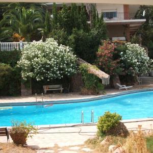 Hotel Pictures: Casa Rural Porta Del Cel, Serra