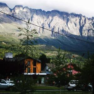 Hotel Pictures: Posada del Buscador, El Bolsón
