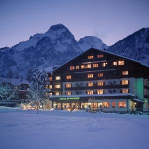 Hotel Pictures: Bernerhof Swiss Quality Hotel, Kandersteg