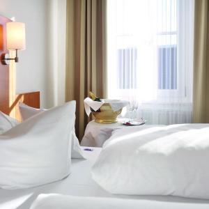 Hotelbilleder: Hotel-Restaurant Roter Ochsen, Lauchheim