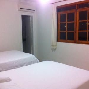 Hotel Pictures: Casa Interlagos, Arembepe