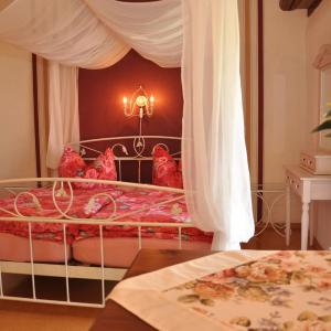 Hotelbilleder: WellnessPension Vier Napoleonslinden, Bad Sulza