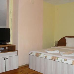Hotel Pictures: Geto Apartment, Belogradchik